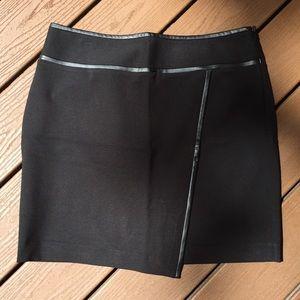 White House Black Market NWT Black Skirt